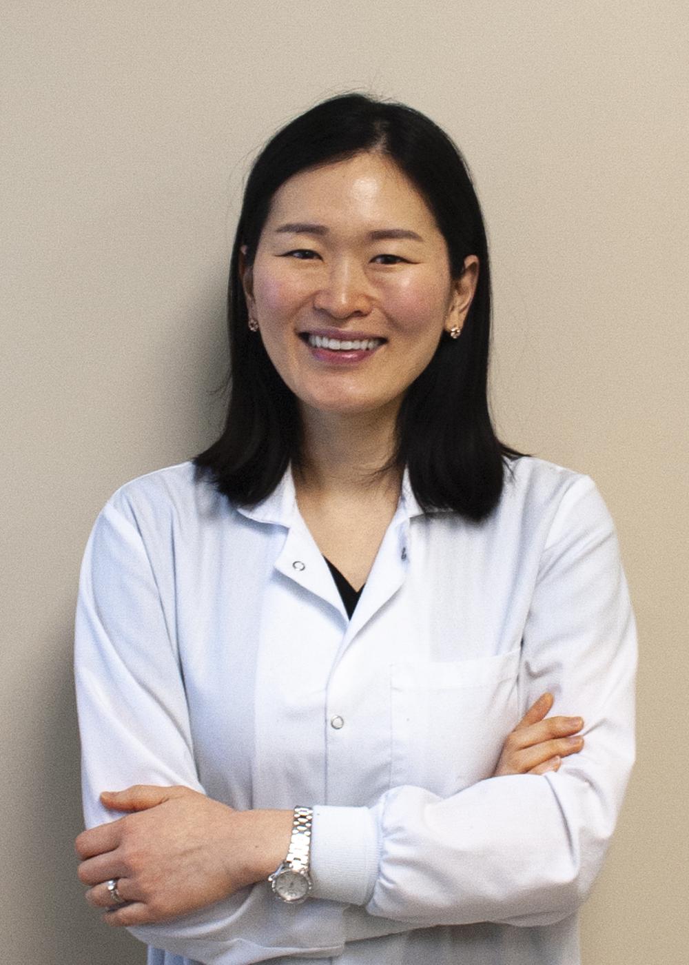 Dr. Yoon Yi
